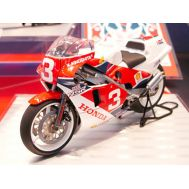 Honda NSR500 Factory Color масштаб 1:12 Tamiya 14099, фото 1