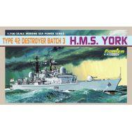 Корабль Type 42 Destroyer Batch 3 HMS York масштаб 1:700 Dragon 7055D, фото 1