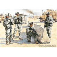 Американские пехотинцы в Ираке масштаб 1:35 MB3591, фото 1