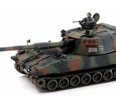 Немецкая САУ M109A3G BUNDESWEHR с фигурой командира масштаб 1:35 Tamiya 37022, фото 3